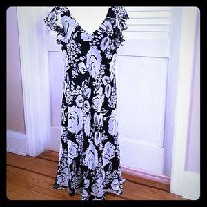 New INC Black & White Floral Print Silk Dress